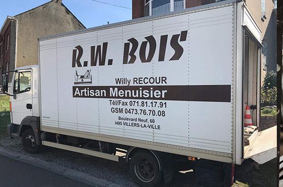 Camion de la menuiserie à Villers-la-Ville